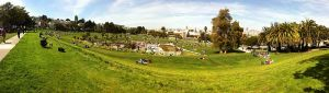 Dolores_Park_photo_montage_panorama_2013-04-13_14-39
